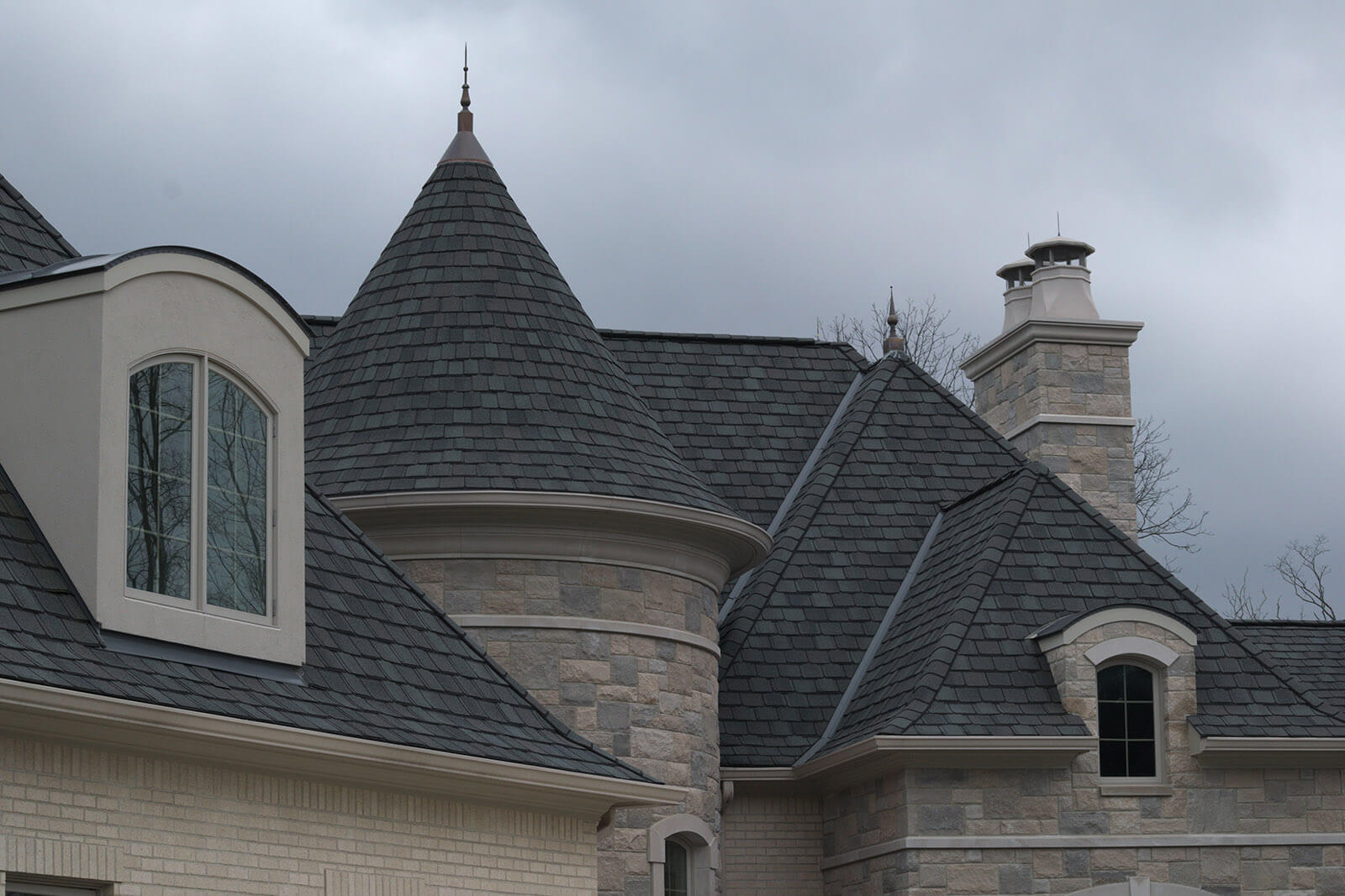 Carmel Home Builders - Front Roof Line