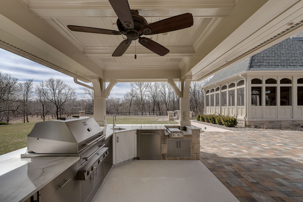 Ennis Custom Homes - Amenities/Specialty Rooms - Luxury Residential Constructions in Carmel, IN - Outdoor Kitchen