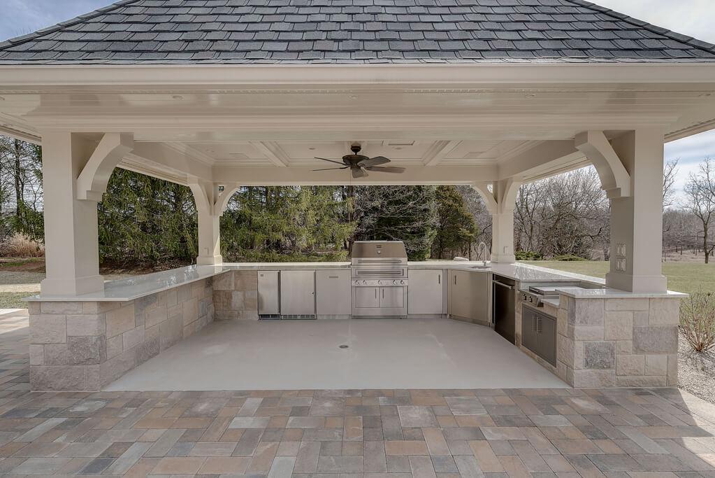 Ennis Custom Homes - Outdoor Kitchens - Luxury Home Builders in Carmel, IN - Outdoor Kitchen