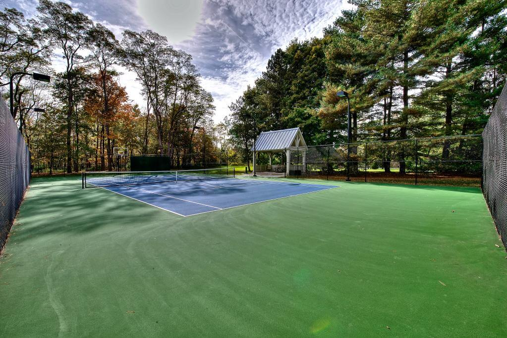 Ennis Custom Homes - Tennis Courts - Carmel, IN Best Indianapolis Home Builder - Tennis Court 3