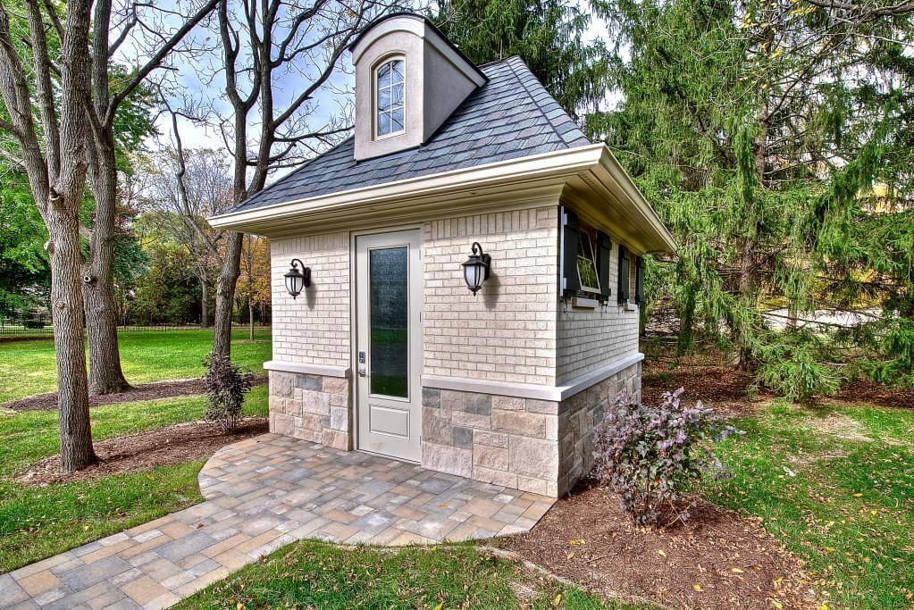 Ennis Custom Homes - Outdoor Facilities - Carmel, IN Best Indianapolis Home Builder - Carmel Custom Builder - Guest Home Bath House Exterior 2