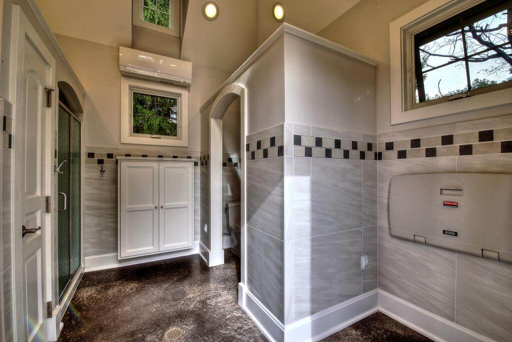 Ennis Custom Homes - Outdoor Facilities - Carmel, IN Luxury Residential Construction - Build Pool Houses Guest Home Bath House Interior 1