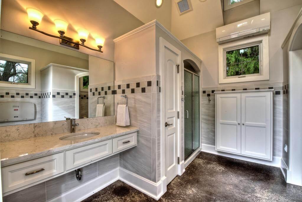 Ennis Custom Homes - Outdoor Facilities - Carmel, Indiana Custom Home Builder - Pool Houses Guest Bath House Interior